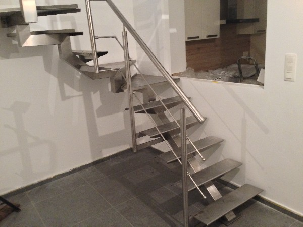 Escalier et garde-corps INOX