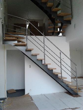 escalier acier model grade up avec marches en bois